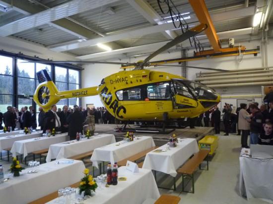 Der Festakt fand im Hangar von Christoph 1 statt