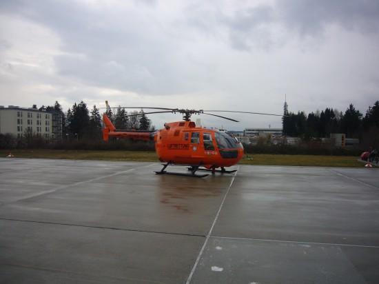 Im Februar 2007 gelang dem Fotografen diese Aufnahme der orangen BO 105 am Heliport des Bundeswehrkrankenhauses in Ulm