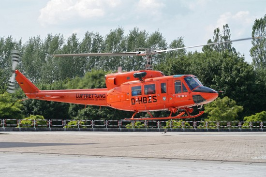 ..., später auch im bekannten Katastrophenschutz-Orange