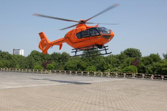"Im Juli 2007 löste dann die hochmoderne EC 135 T2i die Bell 212 als ""Christoph 29"" ab"