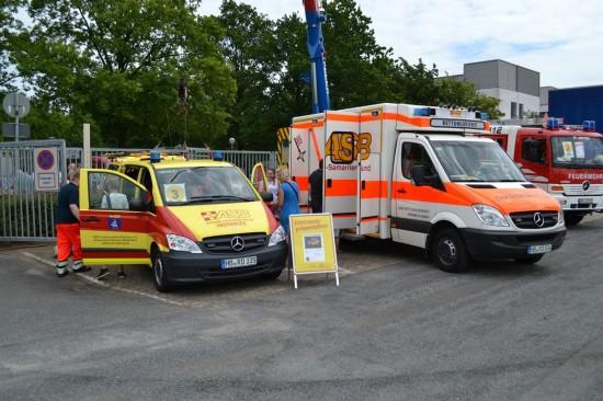 Der ASB Bremen war unter anderem mit einem Notarzteinsatzfahrzeug und einem Rettungstransportwagen vertreten
