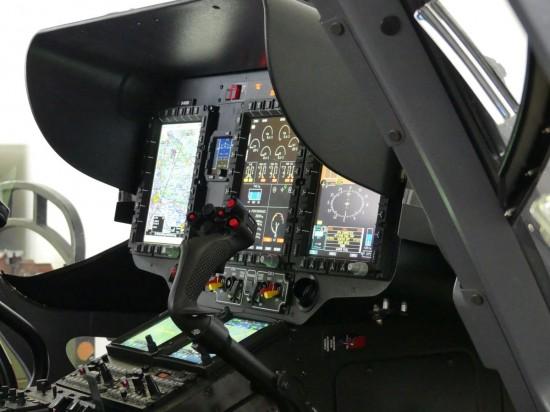 Modernste Avionik zeichnet diesen Hubschraubertyp aus, ...