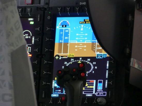 ..., wie diese beiden Aufnahmen aus dem Cockpit der H145 zeigen