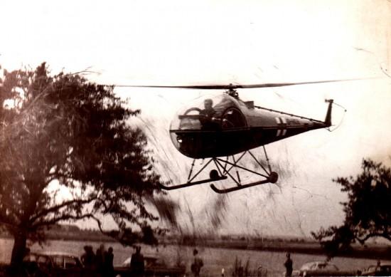 """28 Jahre zuvor, am 1. September 1967, endete der dreiwöchige Feldversuch von Hans-Werner Feder mit seinem """"Notarzt-Hubschrauber"""", der Beginn der zivilen Luftrettung"""