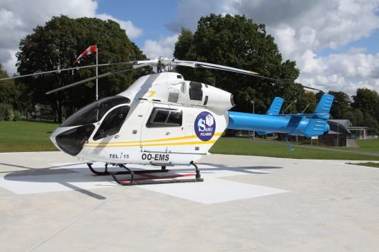 """Die MD 902 """"OO-EMS"""" stellte die Einsatzbereitschaft sicher"""