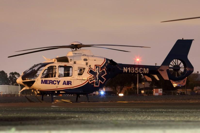Eine EC 135 von Mercy Air