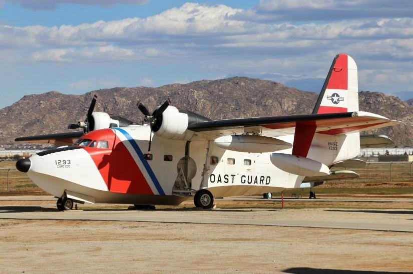 Die letzten HU-16E Albatross wurden 1983 ausgemustert, die USCG nutzt aber nach wie vor auch Flächenflugzeuge