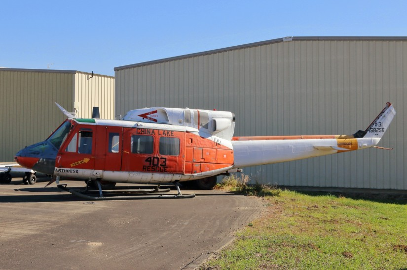 Hilft noch immer Leben zu retten: Eine zuvor in China Lake von der Navy als SAR-Hubschrauber eingesetzte Bell HH-1N dient nun als Ersatzteilspender für die SAR-Hueys des Santa Barbara County Sheriff's Department