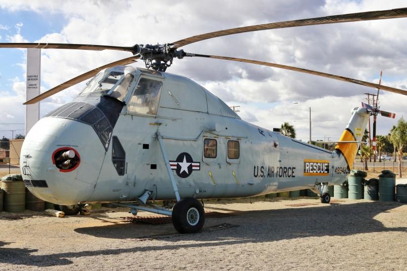 Ehemals bei der US Air Force eingesetzte Sikorsky HH-34J