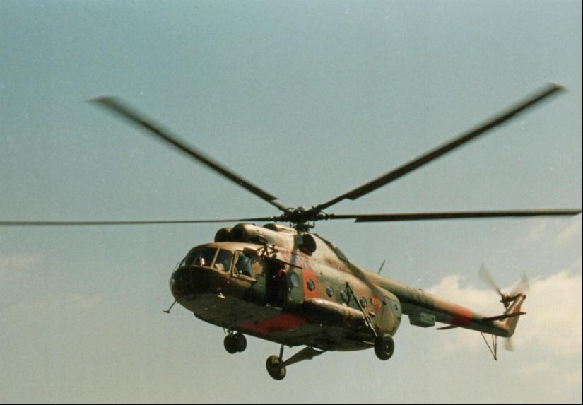 Als RTH eingesetzter Militärhubschrauber des Musters Mil Mi-8T mit SAR-Beschriftung