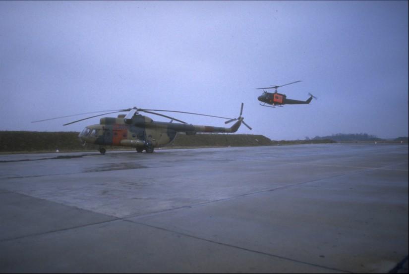 SAR bzw. Luftrettung Ost trifft West: Mil Mi-8T und Bell UH-1D der Bundeswehr nach der Wiedervereinigung