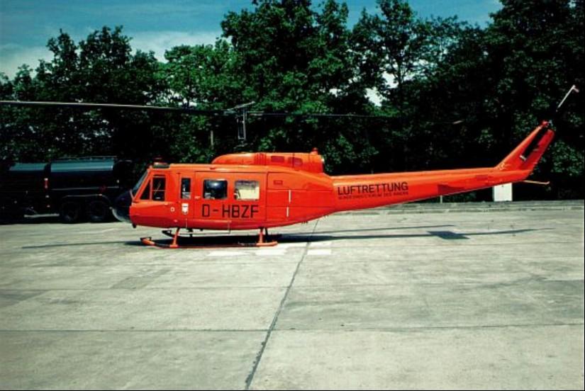 Für den Ausbau der Luftrettung in den neuen Ländern eingesetzter Zivilschutz-Hubschrauber des Bundes vom Muster Bell UH-1D