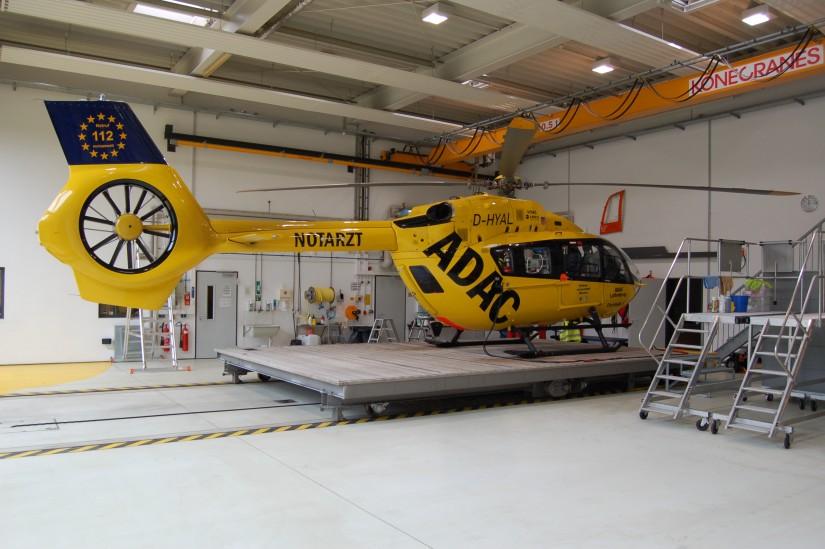 """Nach der BO 105 (ADAC und BGS), der Bell UH-1D (Bundeswehr und BGS) und der BK 117 (ADAC) ist die H145 der vierte Helikoptertyp, der in Harlaching als RTH """"Christoph 1""""  stationiert ist"""