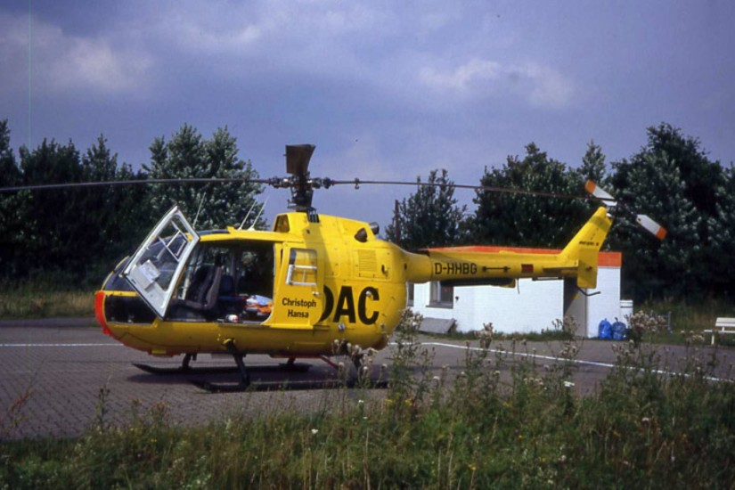 """Anfänglich flog in Boberg eine BO 105 CBS-4 mit der Kennung D-HHBG als """"Christoph Hansa"""""""