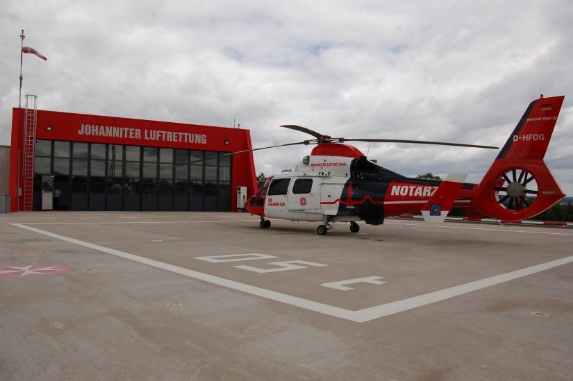 Im Sommer 2014 konnte die JLR ihr neues Luftrettungszentrum in Gießen beziehen
