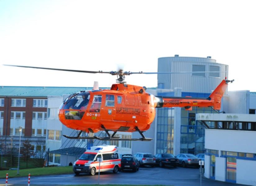 """Die EC BO 105 CBS-5 kam nur von Januar 2006 bis November 2007 als """"Christoph 34"""" zum Einsatz (hier zu sehen am neuen Standort am KMG-Klinikum)"""