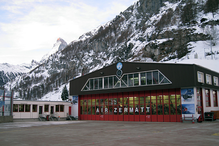 Stationsfoto Air Zermatt