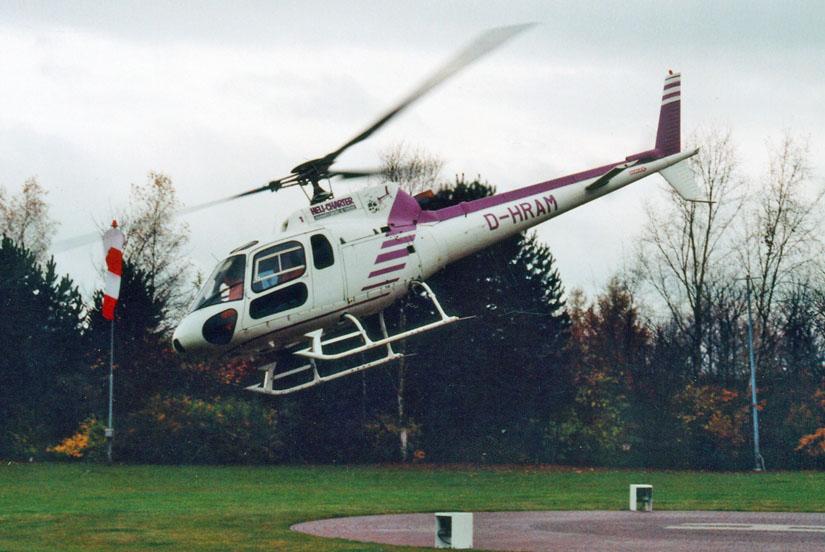 Heli-Charter mit einer AS 350 zu einem Krankentransport gestartet