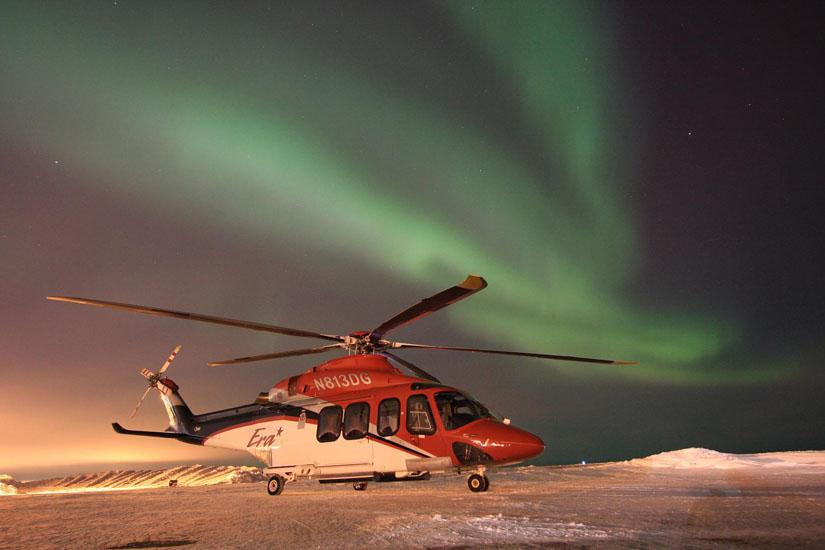 Die AW 139 wird auch unter sehr rauen Bedingungen eingesetzt. Hier ein Exemplar in Alaska bei starkem Frost unter Nordlicht.