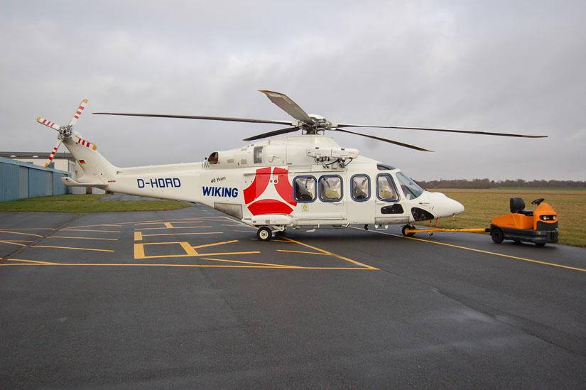 Eine AW 139 für den Offshore-Einsatz vor der deutschen Küste: Hier ein Exemplar der Firma Wiking, das in der werksrettungsdienstlichen Versorgung von Windparks verwendet wird