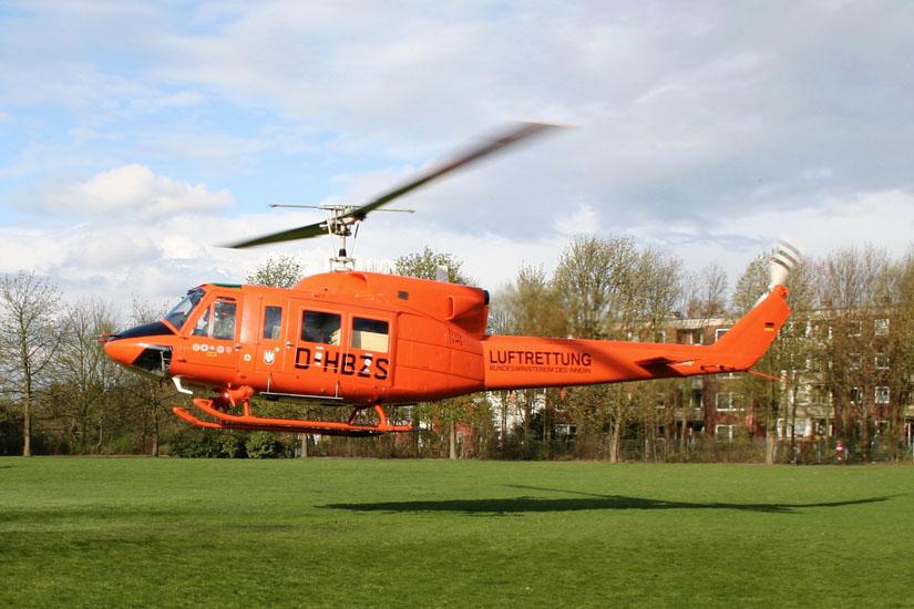 Hier eine Bell 212 in Hamburg, kurz vor Außerdienststellung