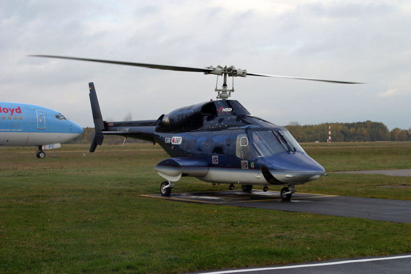 Prägte zuletzt in Deutschland alleine noch das Bild der Bell 222 in der Luftrettung: Maschinen des HSD. Im Jahr 2008 wurden die letzten HSD-Maschinen des Typs Bell 222 verkauft