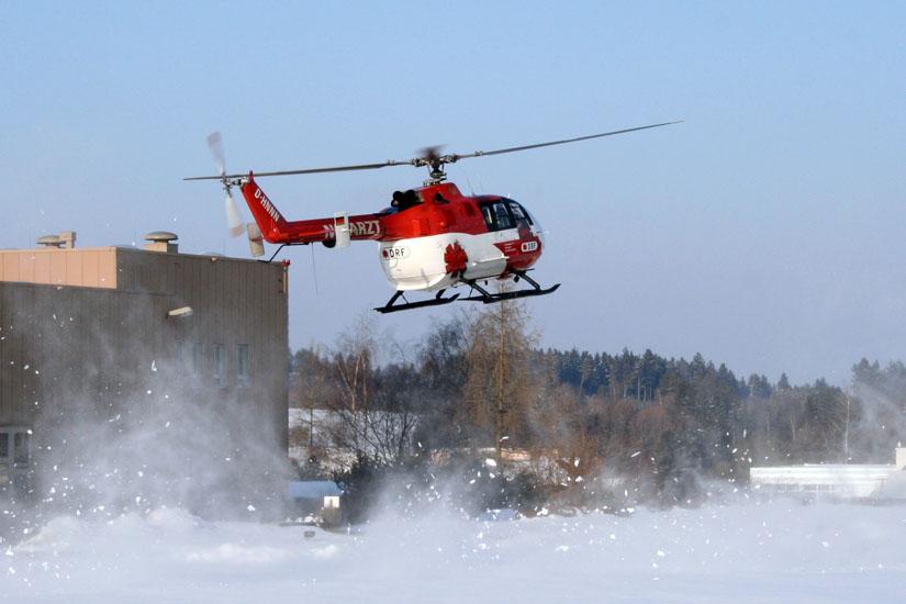 Landung im Schneegestöber, hier BO 105 als Christoph 11 in Schwenningen