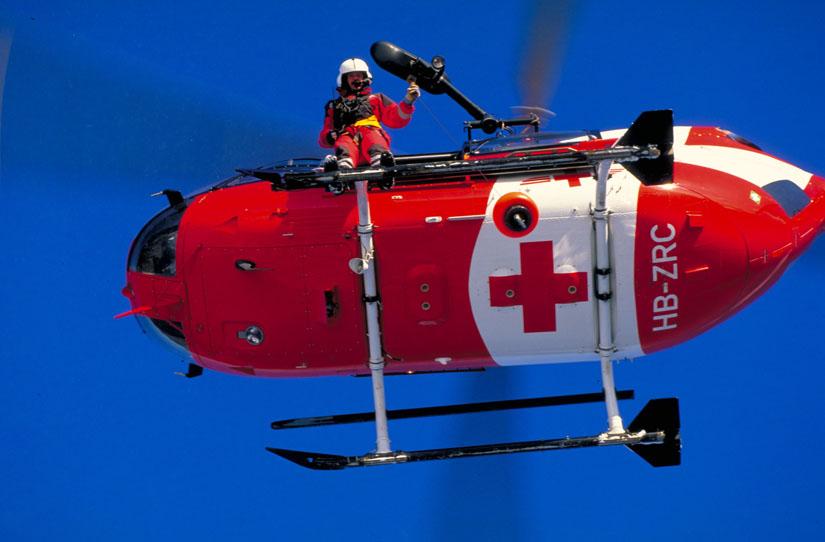 Die EC 145 der schweizerischen REGA sind standardmäßig mit einer Winde ausgerüstet
