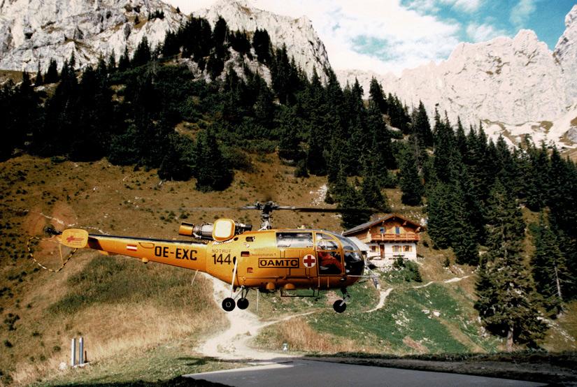 Eine Alouette III des ÖAMTC in den 1980er Jahren